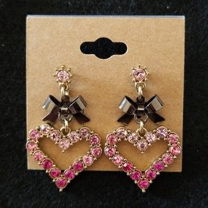 Pink hearts and bows